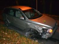 Opilá lékárnice demolovala auta