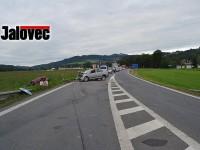 AKTUALIZOVÁNO: Tragédie u Jablůnky – místní řidič Felicie zemřel po čelním střetu s Octávií