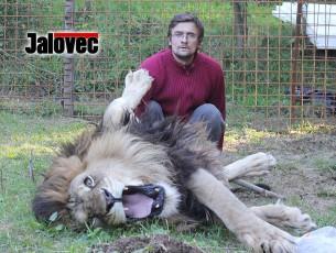 Ve Zděchově je druhý lev – místní sepsali petici