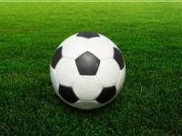 Fotbal v Karolince ukončila bitka