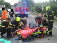 Cestáře srazilo auto – Doprava zkolabovala
