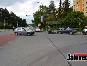 Valmezu zatrnulo – Žena srazila motorkáře