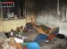 V Rožnově málem uhořeli bezdomovci. Prý jim někdo vyhrožoval