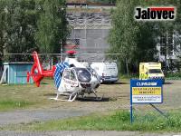 Pro popálené batole musel vrtulník. Chlapec v Lužné se polil kávou