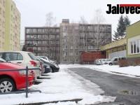 Holiš chystá razie v domě hrůzy – Odmítnout byt na Moravské už nebude možné