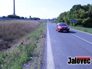 Další mrtví na cestách. U Valmezu zemřel řidič. Ve Vidči silničář zabil ženu