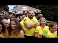VIDEO: Hokejisté Vsetína pokřtili na výšlapu s fanoušky nové dresy