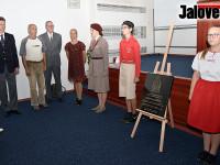 Josefa Poledňáka připomíná pamětní deska ve Valmezu