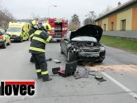 Nehoda u školky. Musela zasahovat záchranka